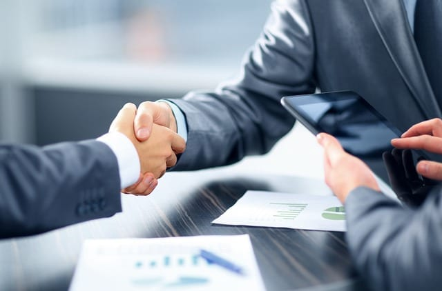 בחירת יועץ עסקי